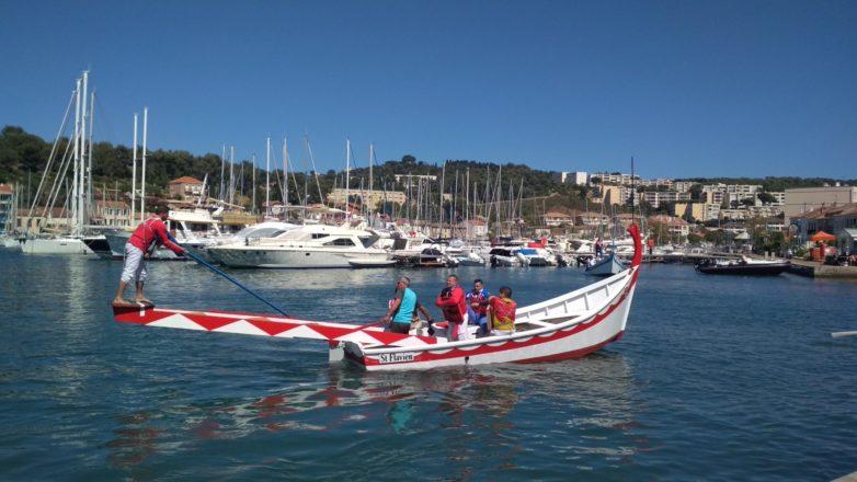 Le bateau de joutes le St Flavien