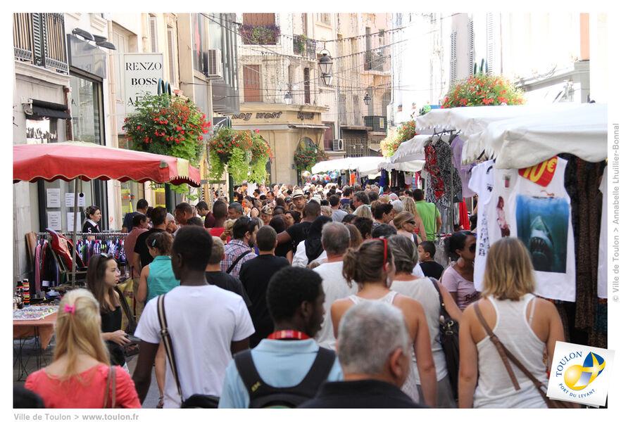 Sous réserve – Braderie d'été en centre-ville de Toulon à Toulon - 0