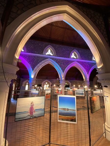 Photography exhibition in Anglican church in Hyeres à Hyères - 3