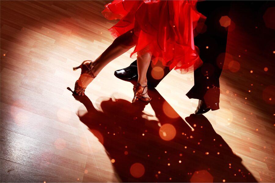 Afternoon dancing à Six-Fours-les-Plages - 0