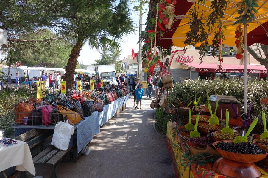 Ayguade Market à Hyères - 13