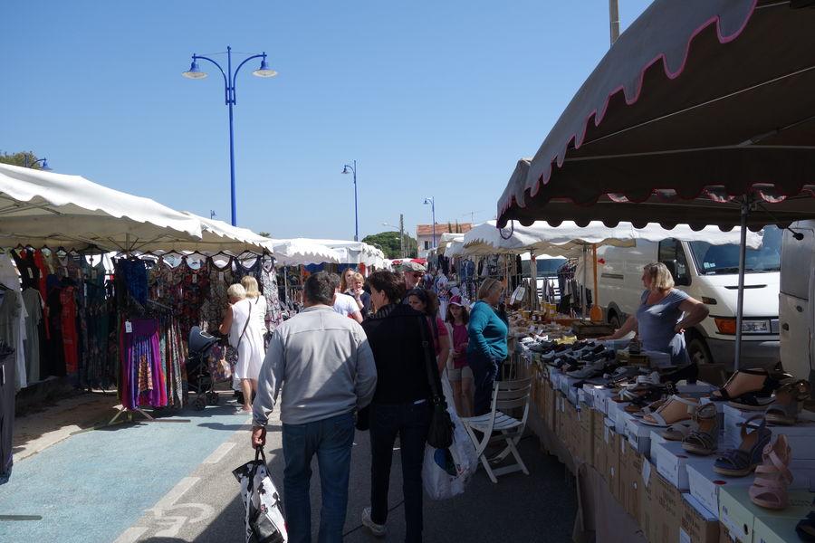 Ayguade Market à Hyères - 14