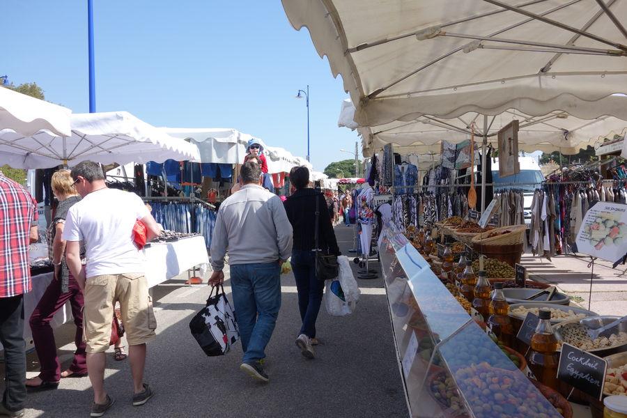 Ayguade Market à Hyères - 15