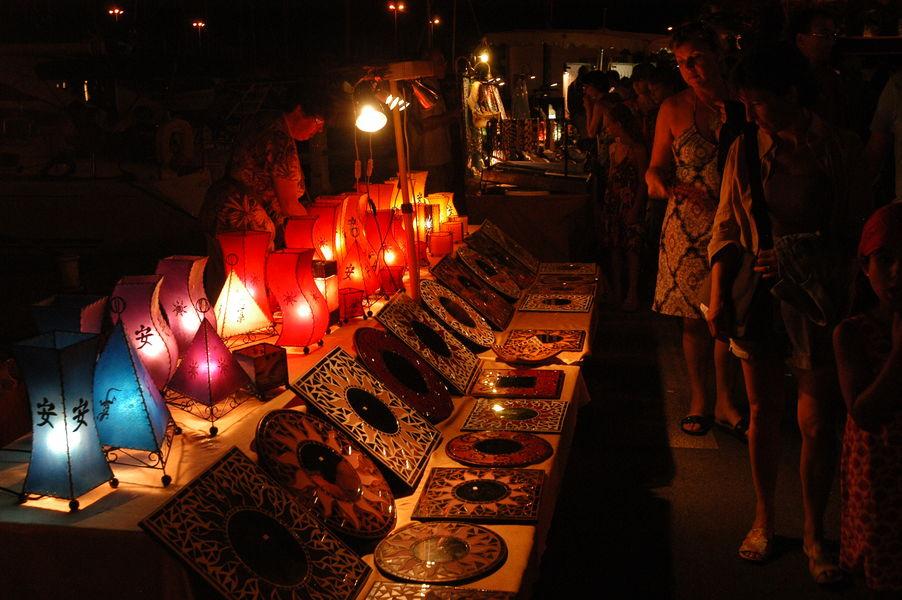 Nuitées estivales du port à Hyères - 1