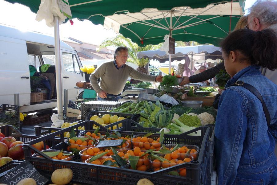 The port Market à Hyères - 0