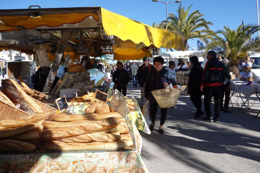 The port Market à Hyères - 4