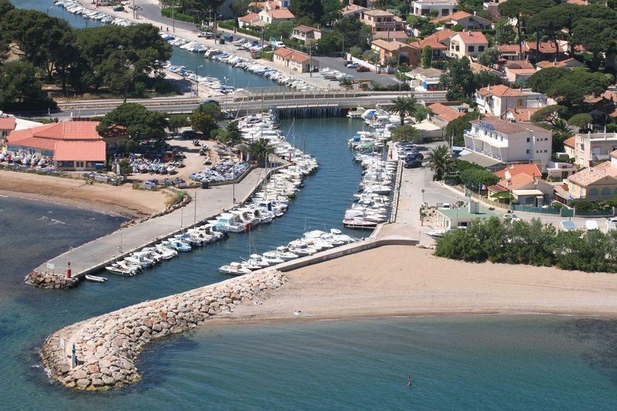 Ayguade Port à Hyères - 1