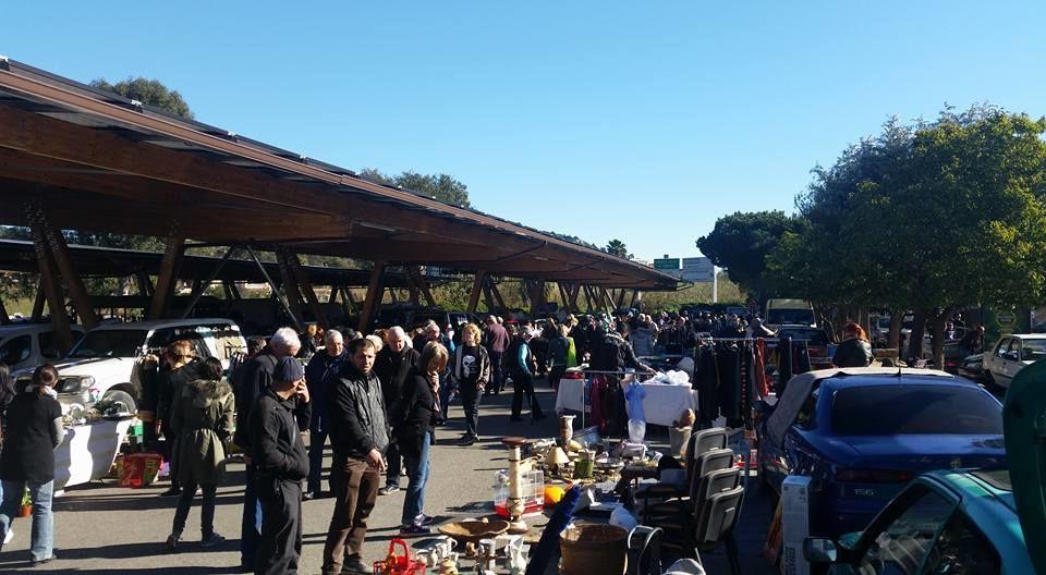Flea Market Centr'azur à Hyères - 1