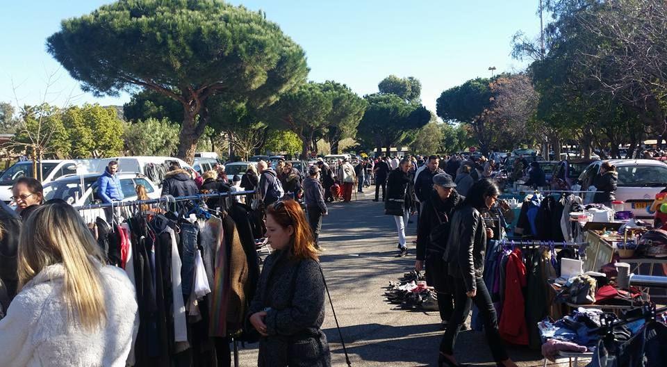 Flea Market Centr'azur à Hyères - 2
