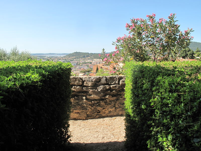 Hyères Gardens à Hyères - 3
