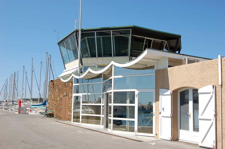 Saint-Pierre Port – Hyeres à Hyères - 1