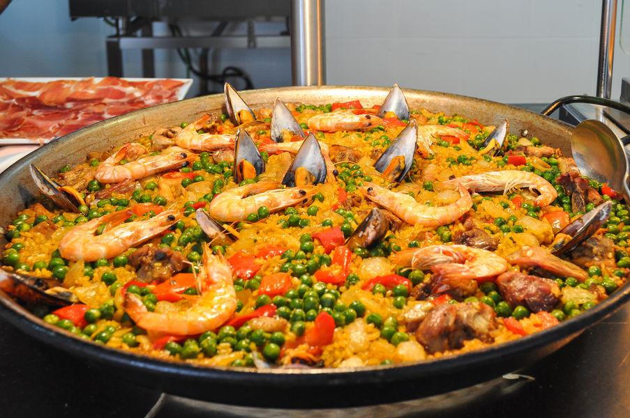 """Repas dansant """"Paella"""" avec Dj à Saint-Mandrier-sur-Mer - 0"""