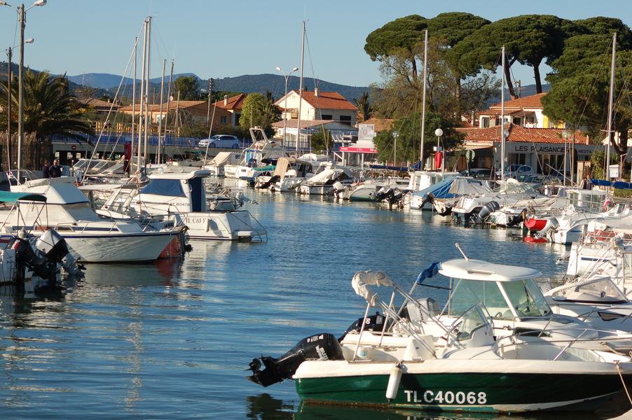 Ayguade Port à Hyères - 0