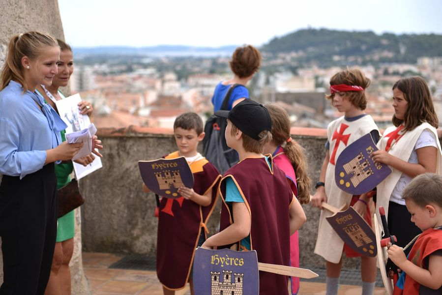 Looking for templar treasure (special children's guided tour) à Hyères - 4