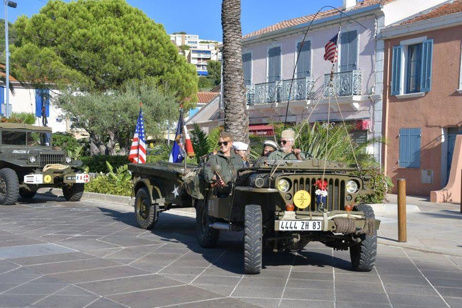 Military vehicle parade and commemorative ceremony à Saint-Mandrier-sur-Mer - 0