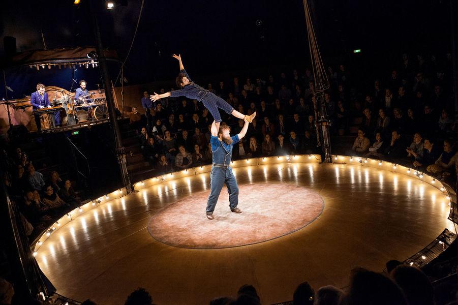 "Cirque ""Campana"" avec la compagnie Cirque Trottola à Ollioules - 0"