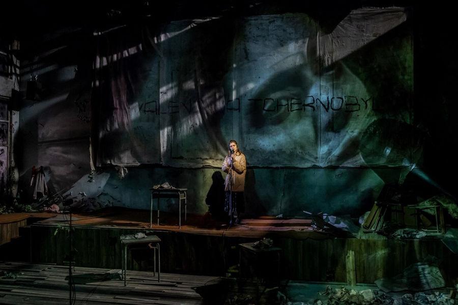 """Théâtre """"La Fin de l'homme rouge"""" à Ollioules - 1"""