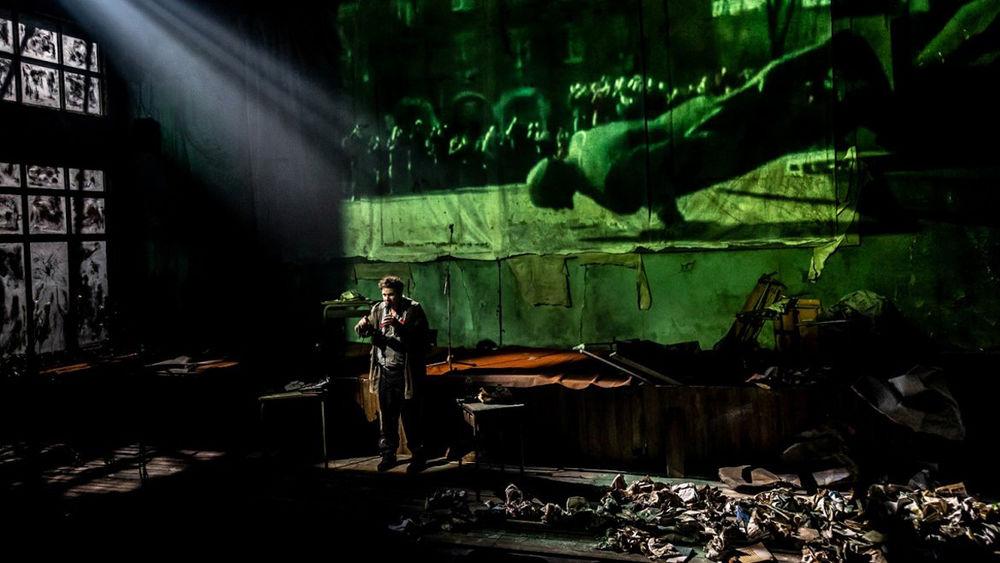 """Théâtre """"La Fin de l'homme rouge"""" à Ollioules - 3"""