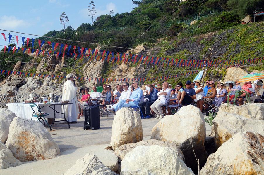 Sea celebration in Le Levant à Hyères - 0