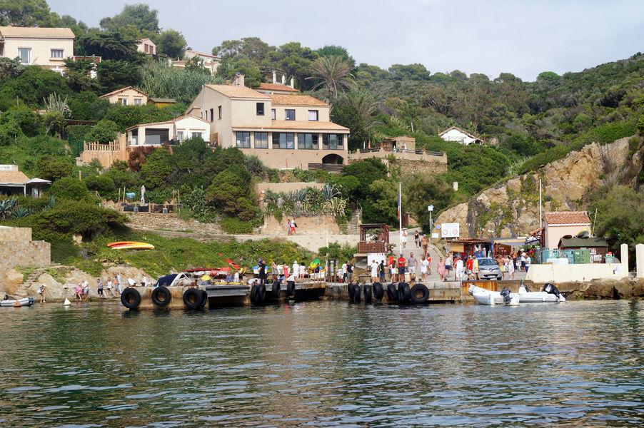Sea celebration in Le Levant à Hyères - 3