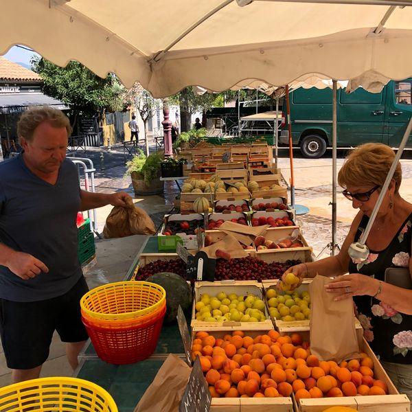 La Moutonne market à La Crau - 1