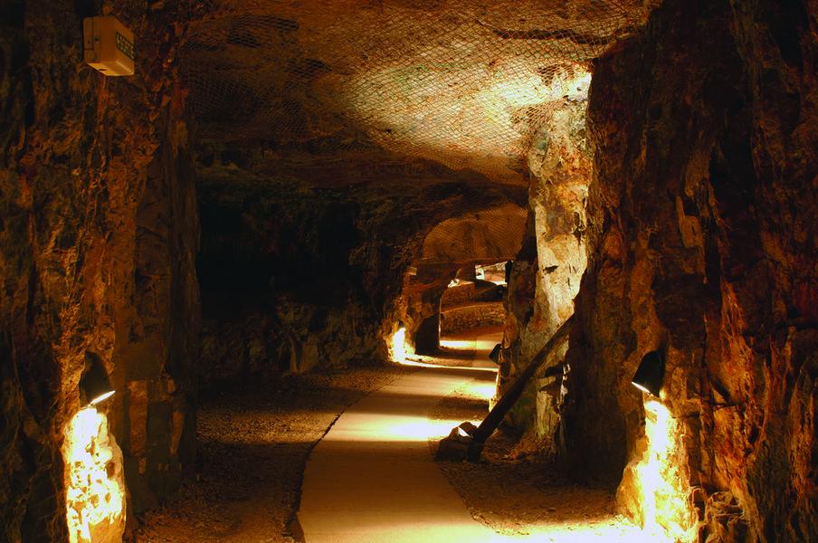 Visit of the Cap Garonne mine museum à Le Pradet - 0