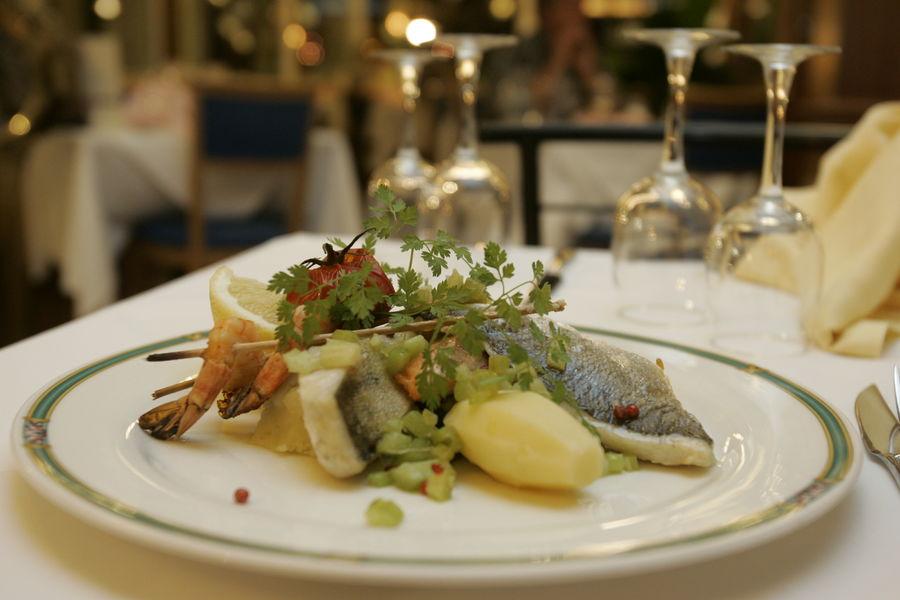 Merci Noémy : charitable meal à Hyères - 2