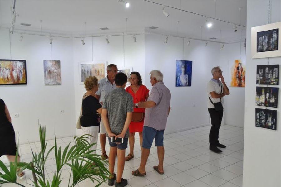 Exhibition painting and sculpture à Hyères - 0