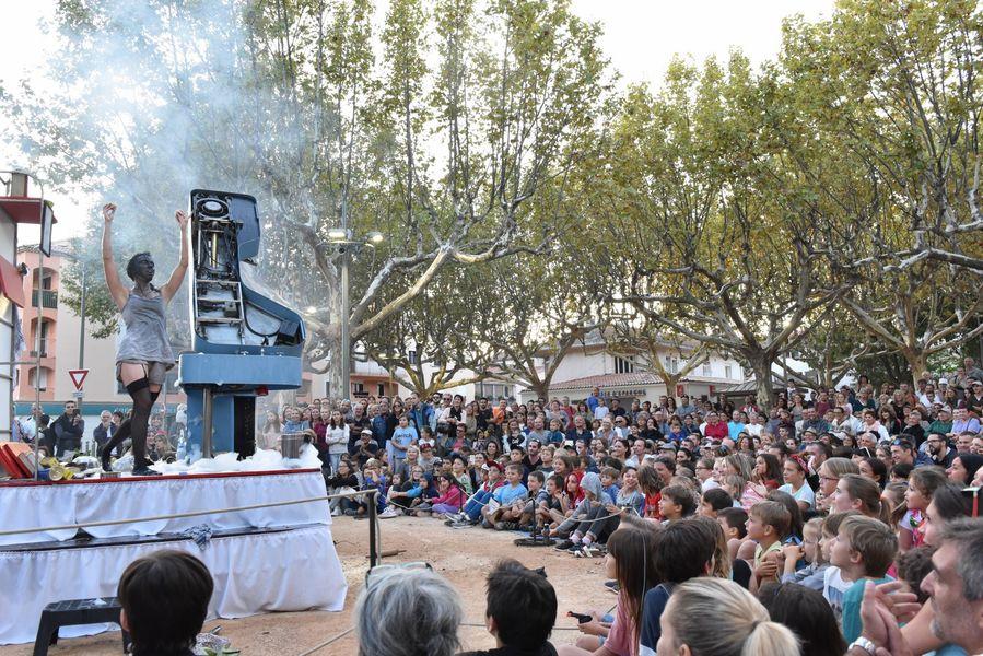 Festival des Arts de rue à La Crau - 4