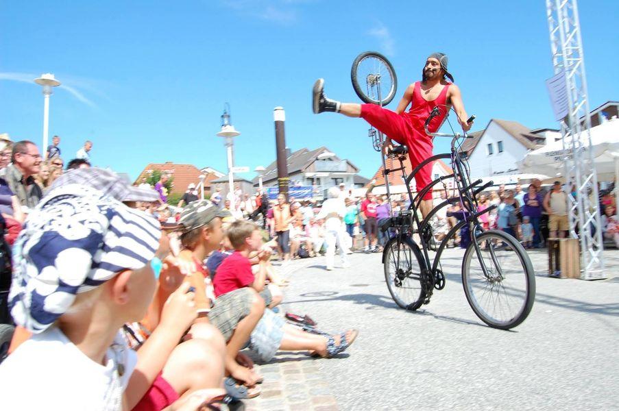 Festival des Arts de rue à La Crau - 0