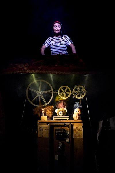 Chansons pour briser la coquille (theater for children) à Hyères - 0