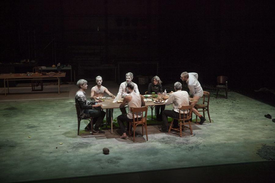 """Théâtre """"Un homme qui fume c'est plus sain"""" à Ollioules - 1"""
