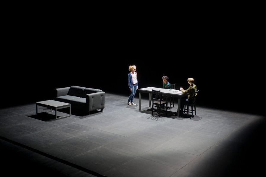 """Création théâtrale """"Contes et légendes"""" de Joël Pommerat à Ollioules - 1"""
