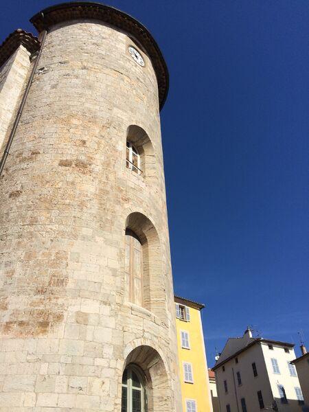Special children's guided tour: urban silhouette à Hyères - 0