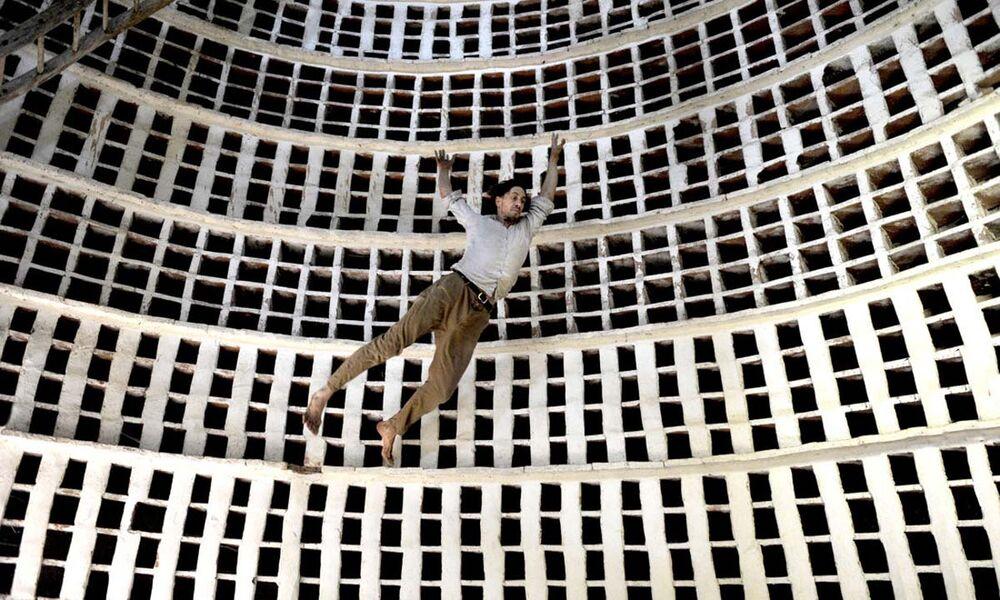 """Cancelled: Circus """"L'Absolute"""" by Les Choses de Rien Company à La Seyne-sur-Mer - 0"""