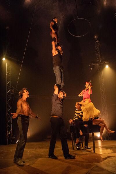 "Circus ""Born to be circus"" by Circo Zoé à La Seyne-sur-Mer - 2"