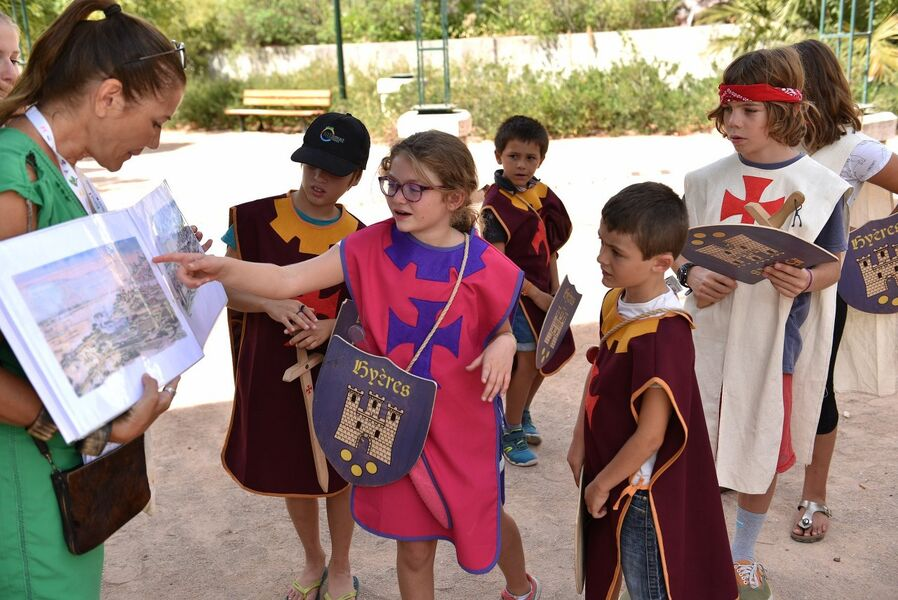 Looking for templar treasure (special children's guided tour) à Hyères - 1