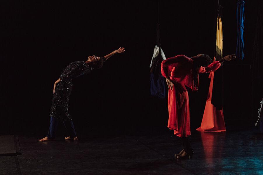 """Show """"Mailles"""" by Dorothée Munyaneza à Ollioules - 1"""