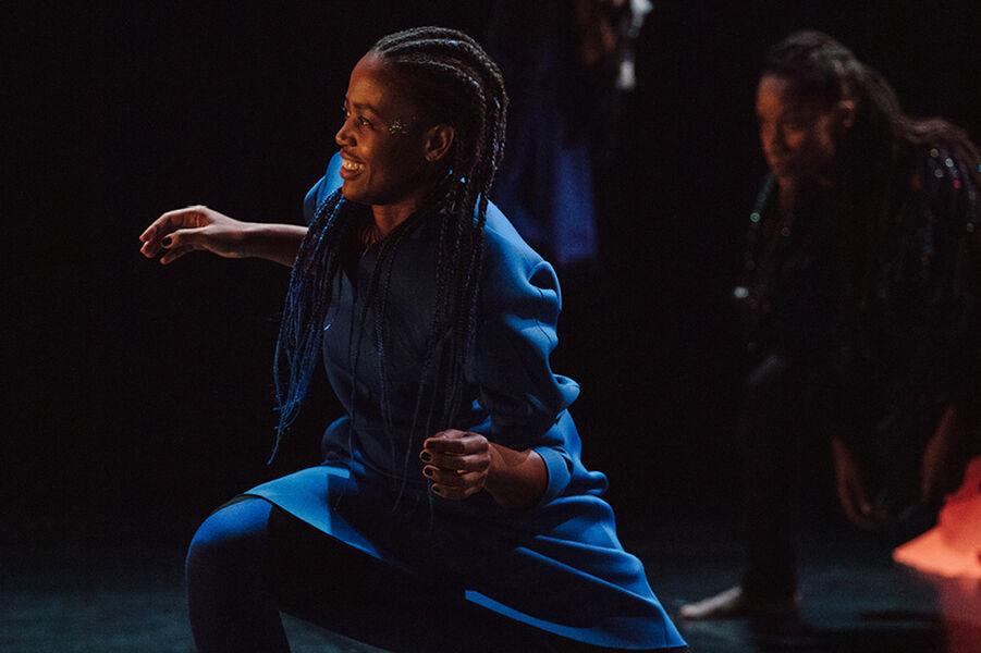 """Show """"Mailles"""" by Dorothée Munyaneza à Ollioules - 3"""