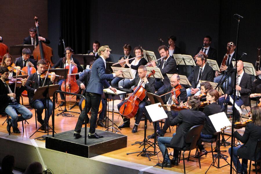"""Musique: """"Secession Orchestra"""" Direction Clément Mao – Takacs avec Fanny Ardant à Ollioules - 0"""
