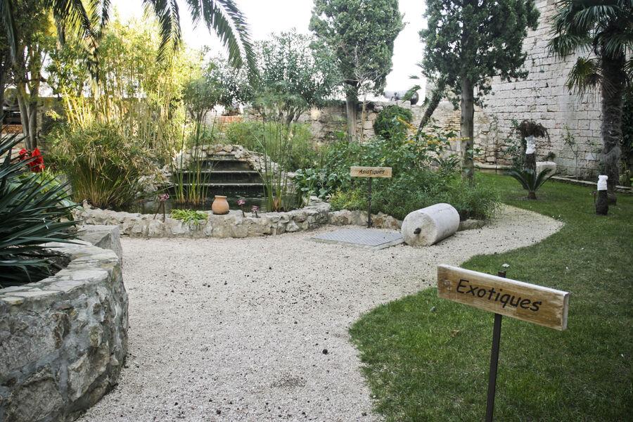 Exhibition: sculpture garden à La Seyne-sur-Mer - 0